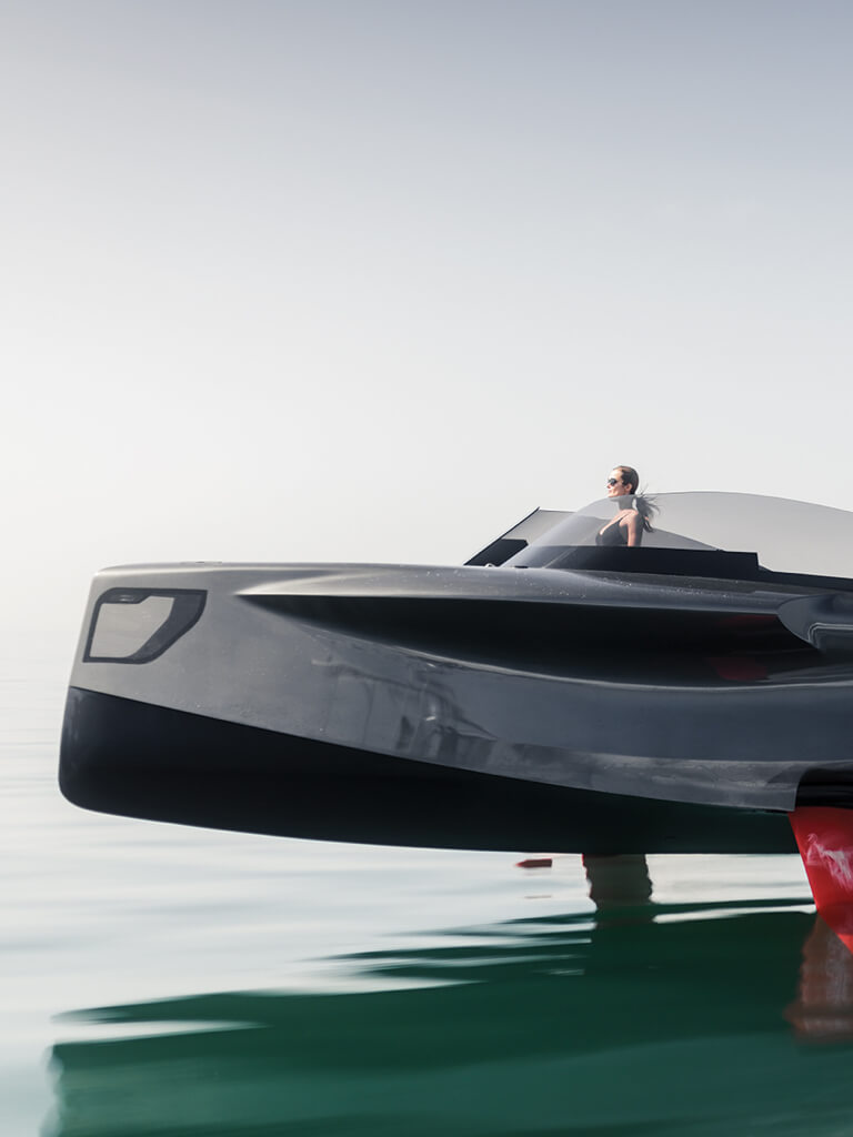 Foiler Flying Yacht